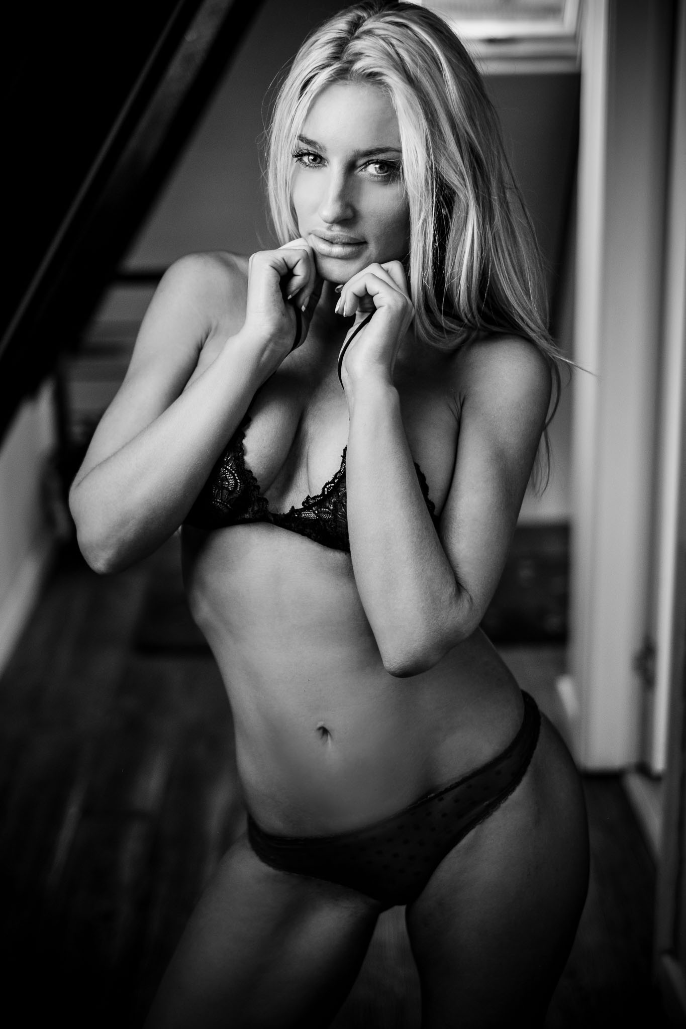 boudoir photography natural light hands black and white